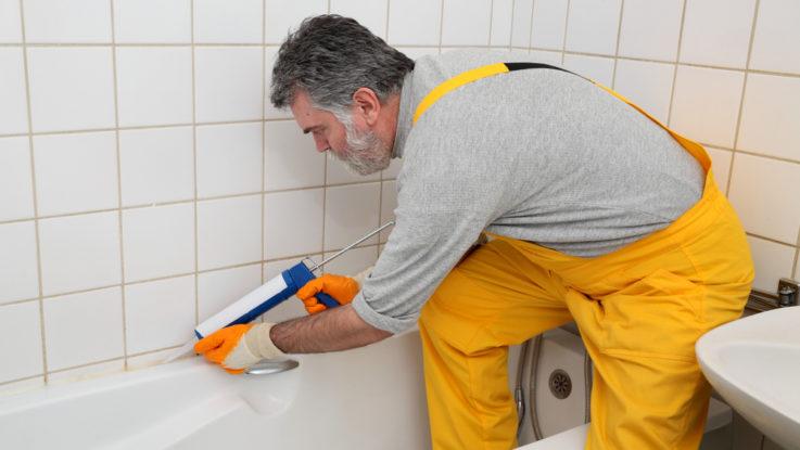 Jak správně silikonovat v koupelně